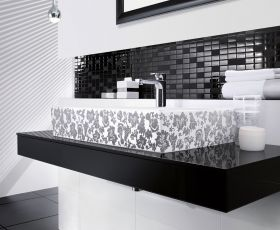 V & B Bianco Nero Glass Decor Tile 1043 (30 x 30cm)