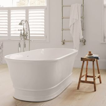 BC Designs Aurelius Traditional Style Freestanding Cian Bath