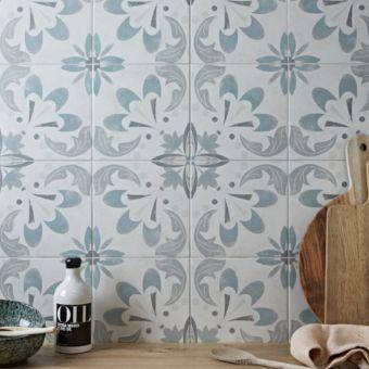 Origins Vintage Spring Tile 22.3 x 22 .3cm - SLT173