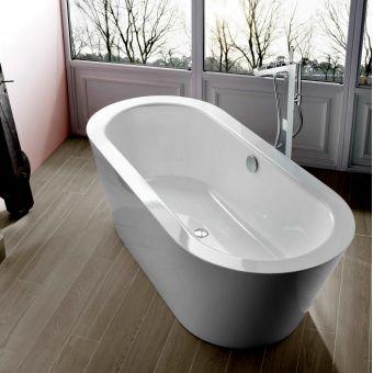 Bette Starlet Oval Silhouette Steel Bath