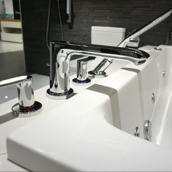 Hansgrohe Metris 4 Hole Bath Shower Mixer Tap Set