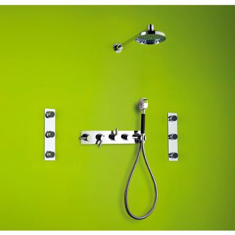 Matki Swadling Absolute Triple Outlet Shower Kit & Body Jets 2421