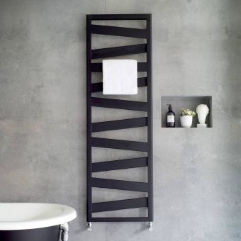 Design Radiator Verticaal.Bathroom Radiators Modern Traditional Styles From Leading Brands