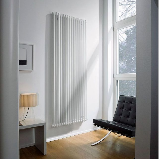 Zehnder Charleston Bar Vertical Radiator