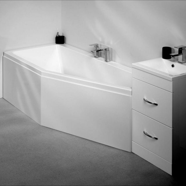 Carron Quantum Space Saver Bath