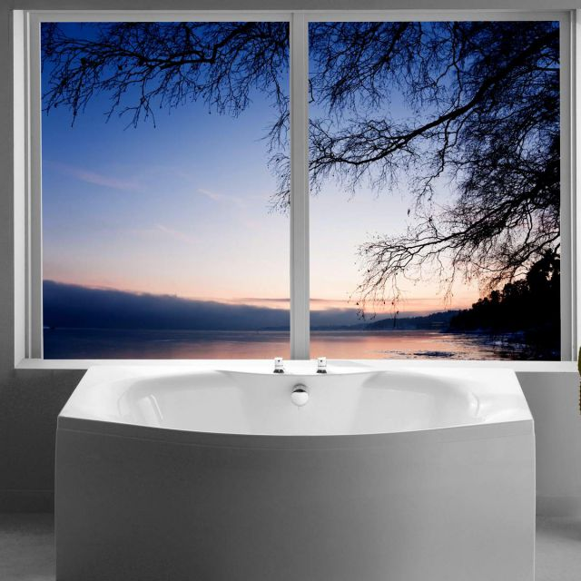 Carron Mistral Bow Fronted Bath