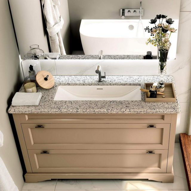 Victoria and Albert Rossendale Linear Washbasin