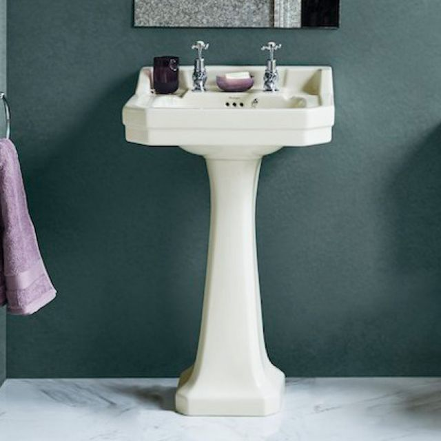 Burlington Medici Edwardian Basin and Classic Pedestal