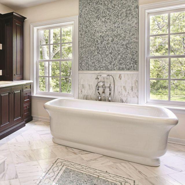 BC Designs Senator Traditional Style Freestanding Cian Bath