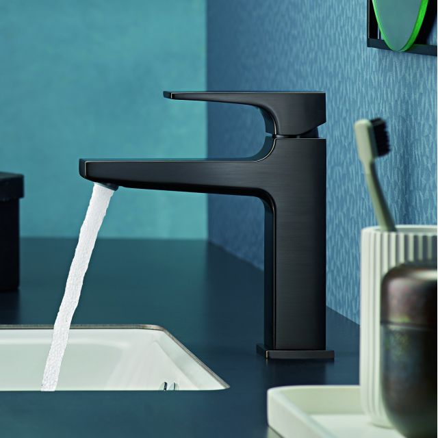 hansgrohe Metropol Single Lever Basin Mixer Tap 110 with push open waste in Brushed Black Chrome - 32507340