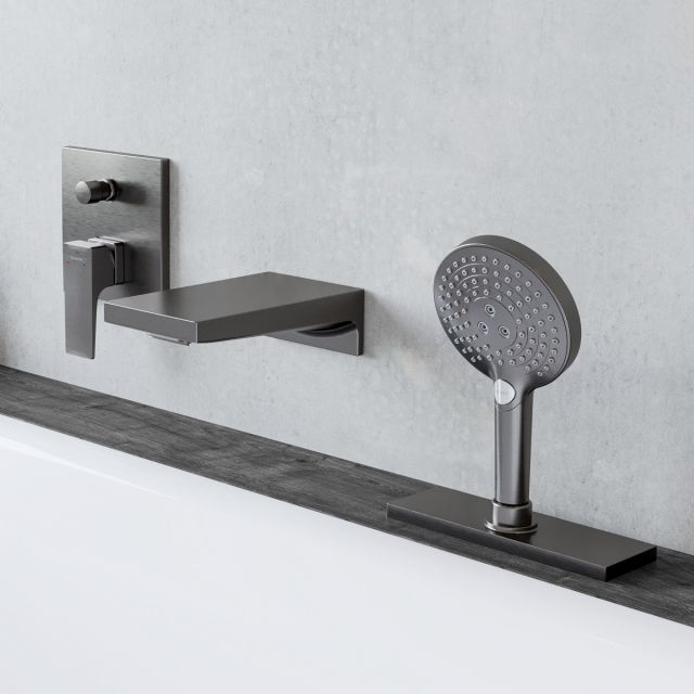 hansgrohe Metropol Waterfall Bath Filler and Shower Set in Brushed Black Chrome - 26520340