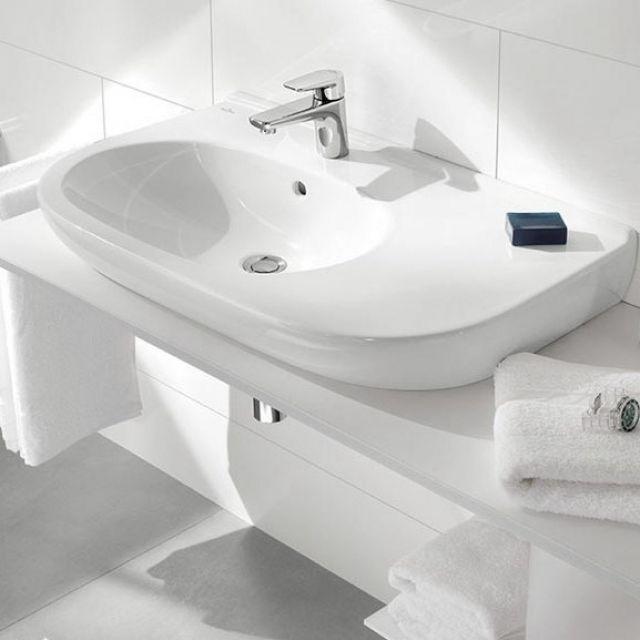 Villeroy & Boch O.Novo Offset Washbasin