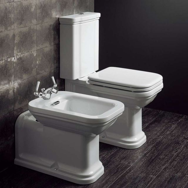 Crosswater (Bauhaus) Waldorf Close Coupled Toilet