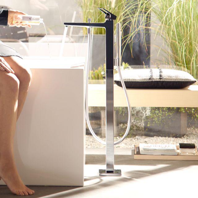 Hansgrohe Metropol Floorstanding Bath Mixer with Handshower and Loop Handle